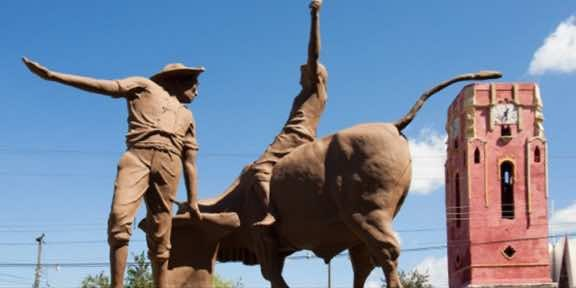 Santa Cruz Statue.jpeg